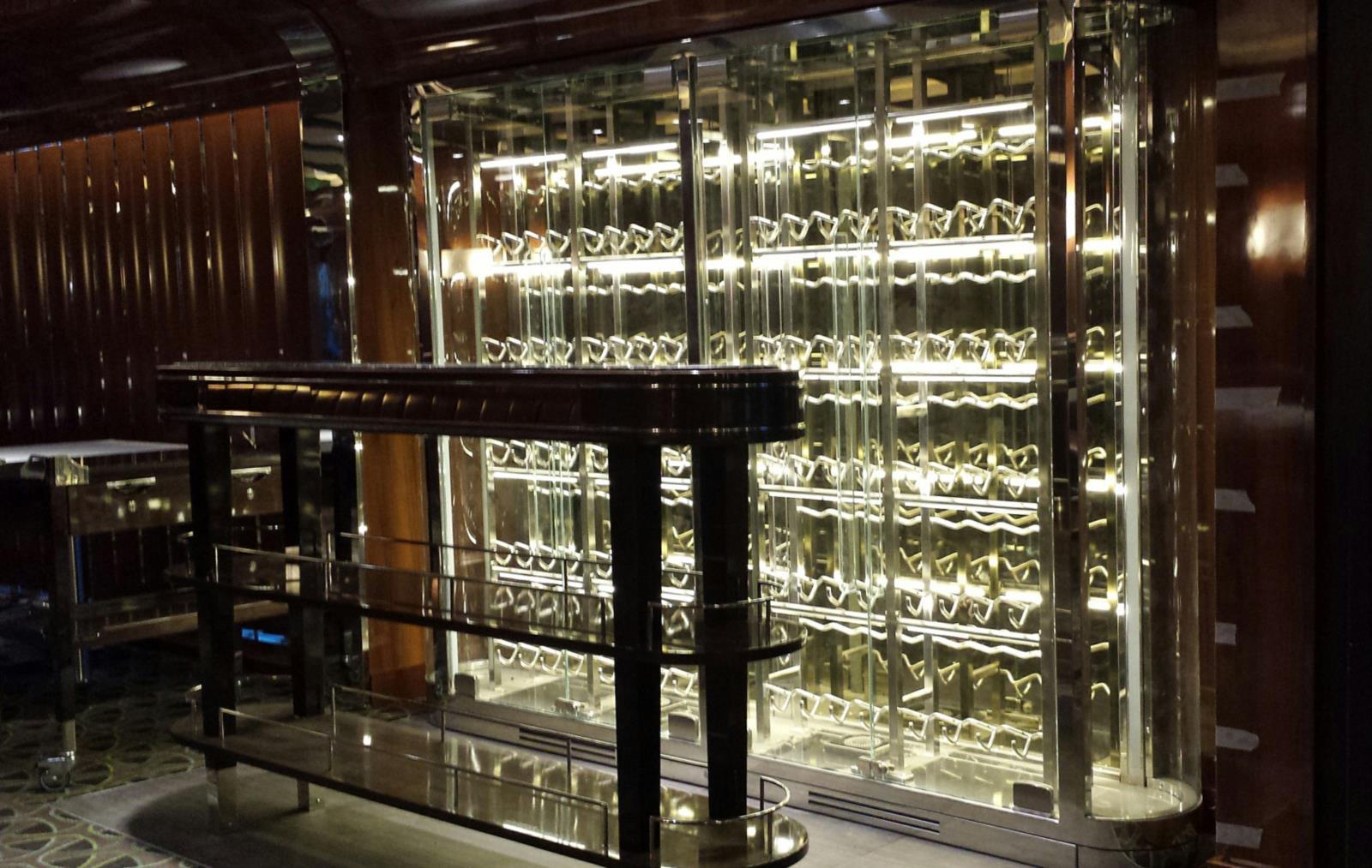 Iglu refrigeration for luxury boat cruise