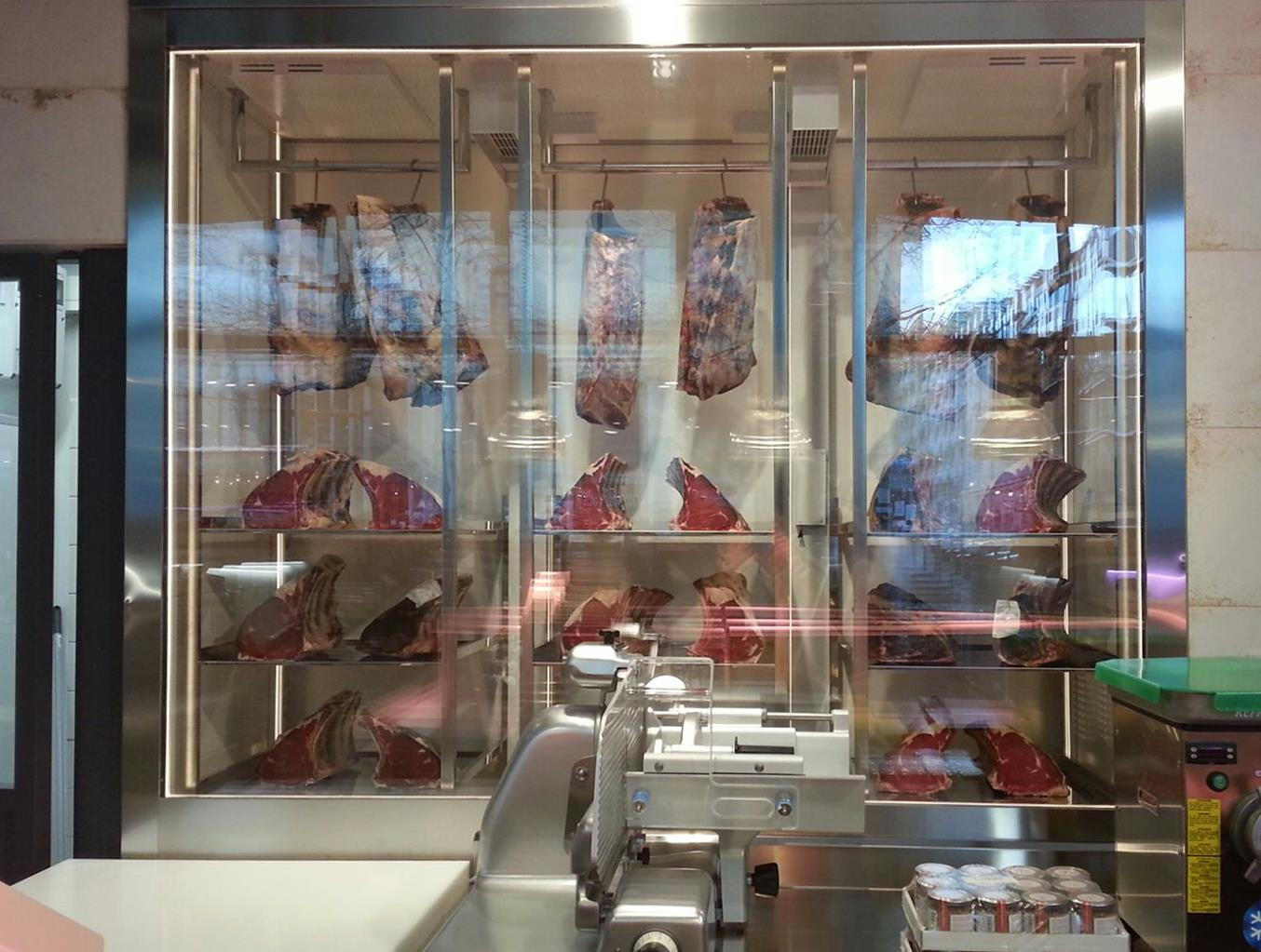 top-meat-display-refrigerated-cabinet